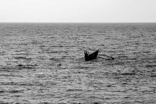 solitary-canoe-at-sea