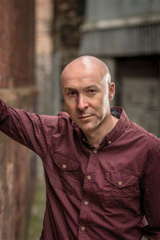 Brookmyre, Christopher_Portrait(c) Chris Close